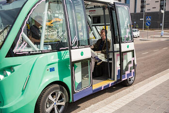 Autonomous shuttles: Frontrunner in the Self-driving race