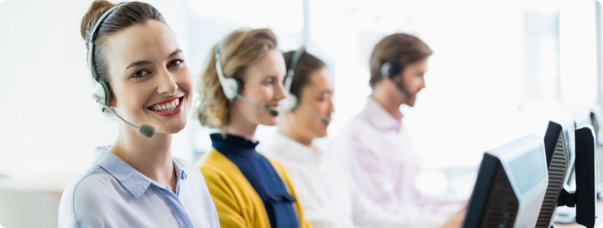 customer-service-executives-working-in-call-center